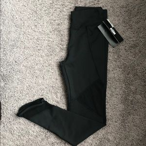 NWT Boutique Black mesh yoga leggings